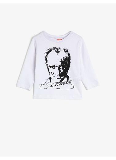 Koton  %100 Pamuk Uzun Kollu Atatürk Baskili Tisört Beyaz